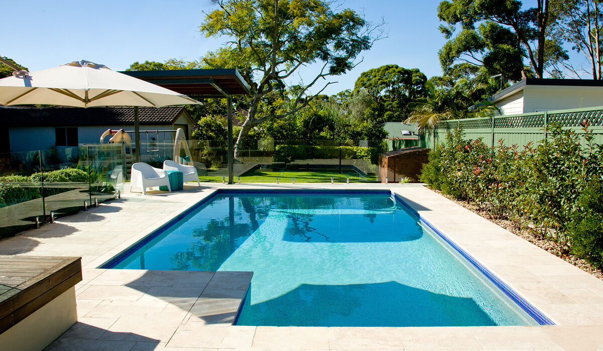 Caringbah South Pool / Sun Shelter / Outdoor Surrounds